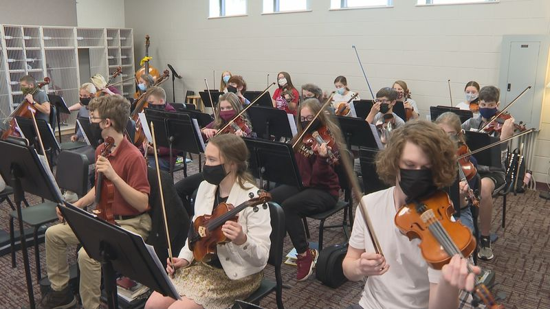 Williamstown High School students excited to finally play live music
