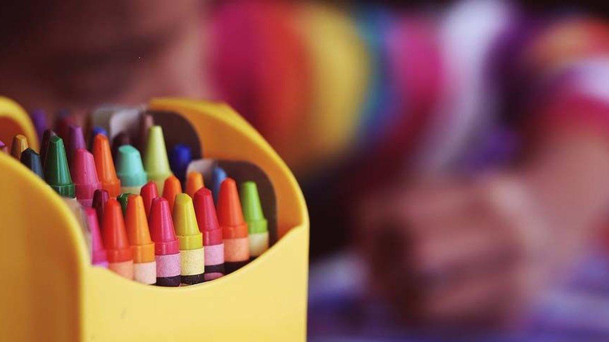 Box of crayons (Source: Pixabay)
