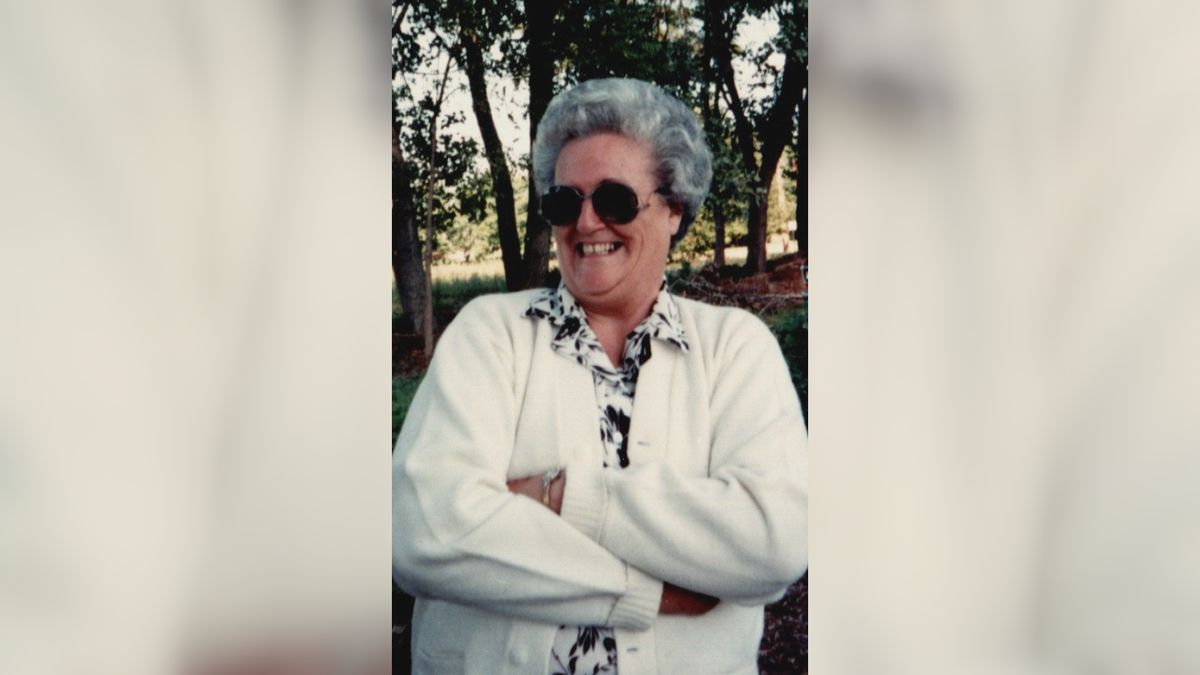 Obituary: Zeta Hopkins