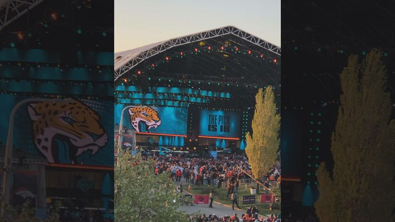 Marietta College students attended NFL Draft in Cleveland as volunteers