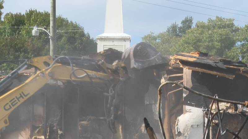 Demolition begins on Ritchie County area that caught fire
