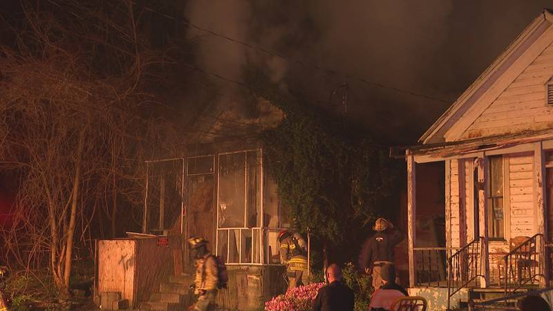 A house caught fire Friday morning on Swann Street in Parkersburg