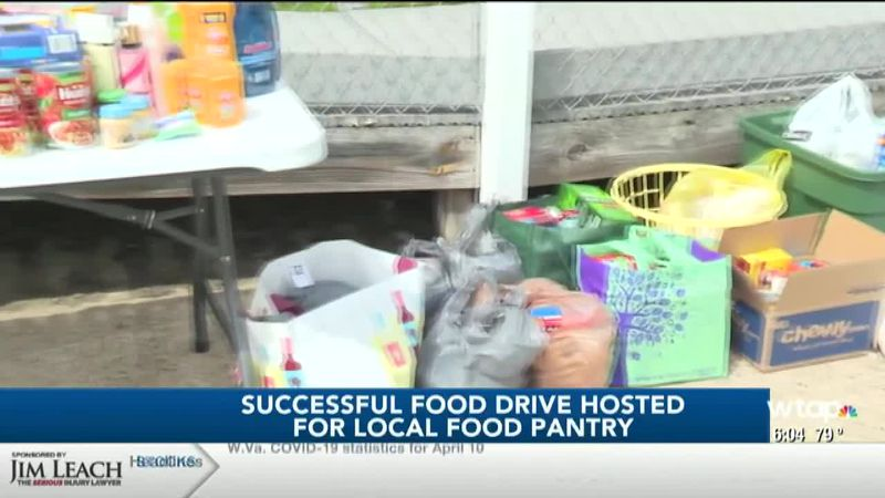 Wood County Democrats Hold Food Drive