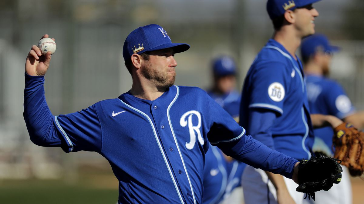 Arizona officials are asking MLB to delay the opening of Spring Training camps because of...