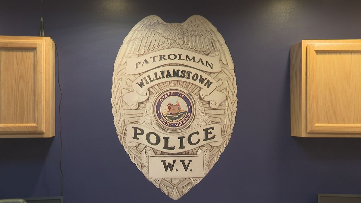 Williamstown police department receives grant from Bill Bailey Insurance for new facility