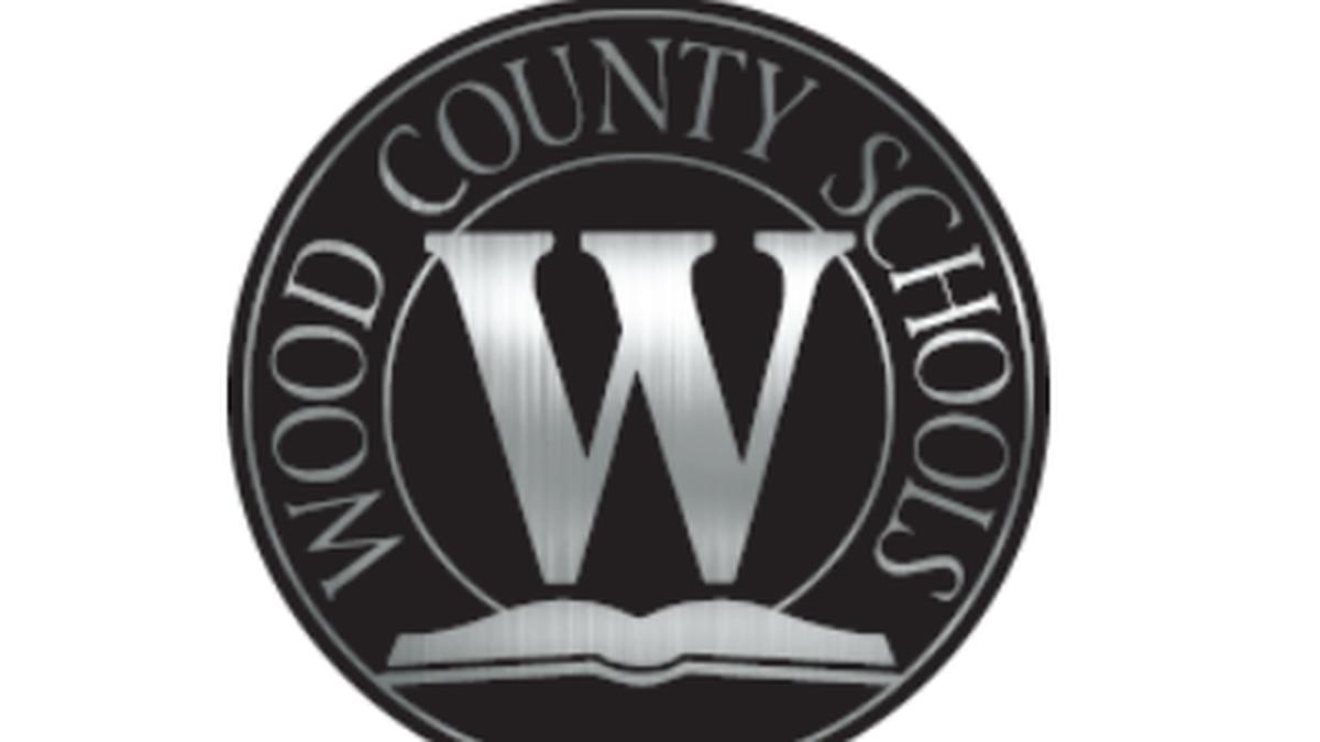 Wood County Schools mourns death of Les Lipscomb