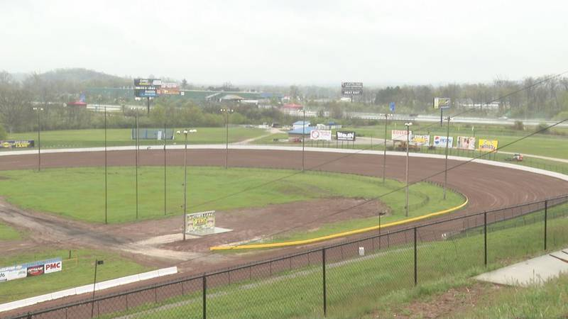 The Dirt Track at the Mineral Wells West Virginia Motor Speedway will open on April 25