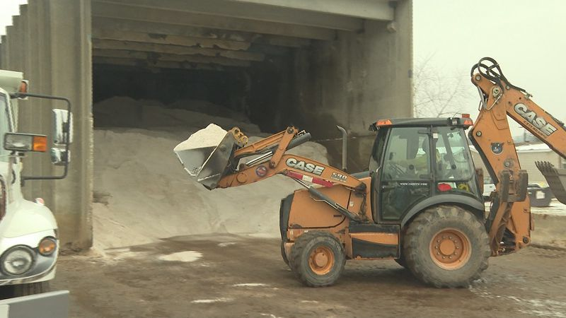 The City of Marietta's road crews prepare for the incoming severe weather