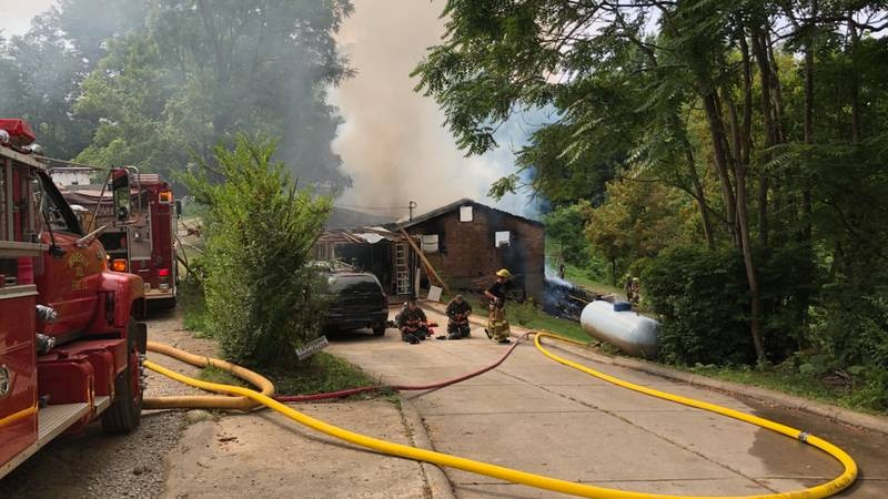 Fire reported on Wallace Rd.