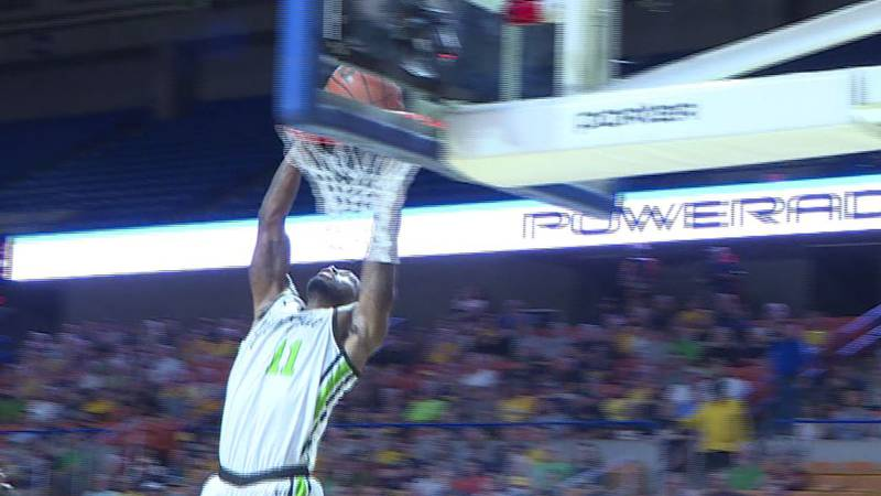 Rondale Watson's dunk during the Elam Ending wins it for Herd Alumni team