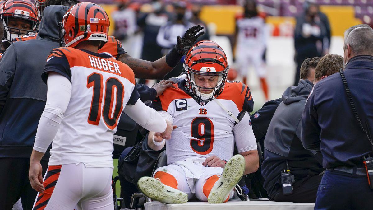 Cincinnati Bengals quarterback Joe Burrow is recovering from his knee injury. (AP Photo/Susan...