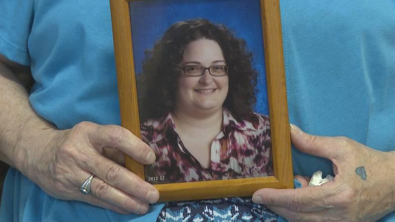 Scholarship looks to honor former Parkersburg South HS teacher April Tibbs