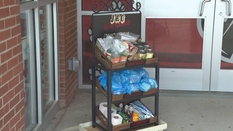 "Jefferson Elementary debuts ""Pay it Forward"" campaign kiosk"